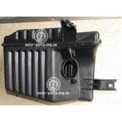 Бачек-резонатор воздушного фильтра Авео